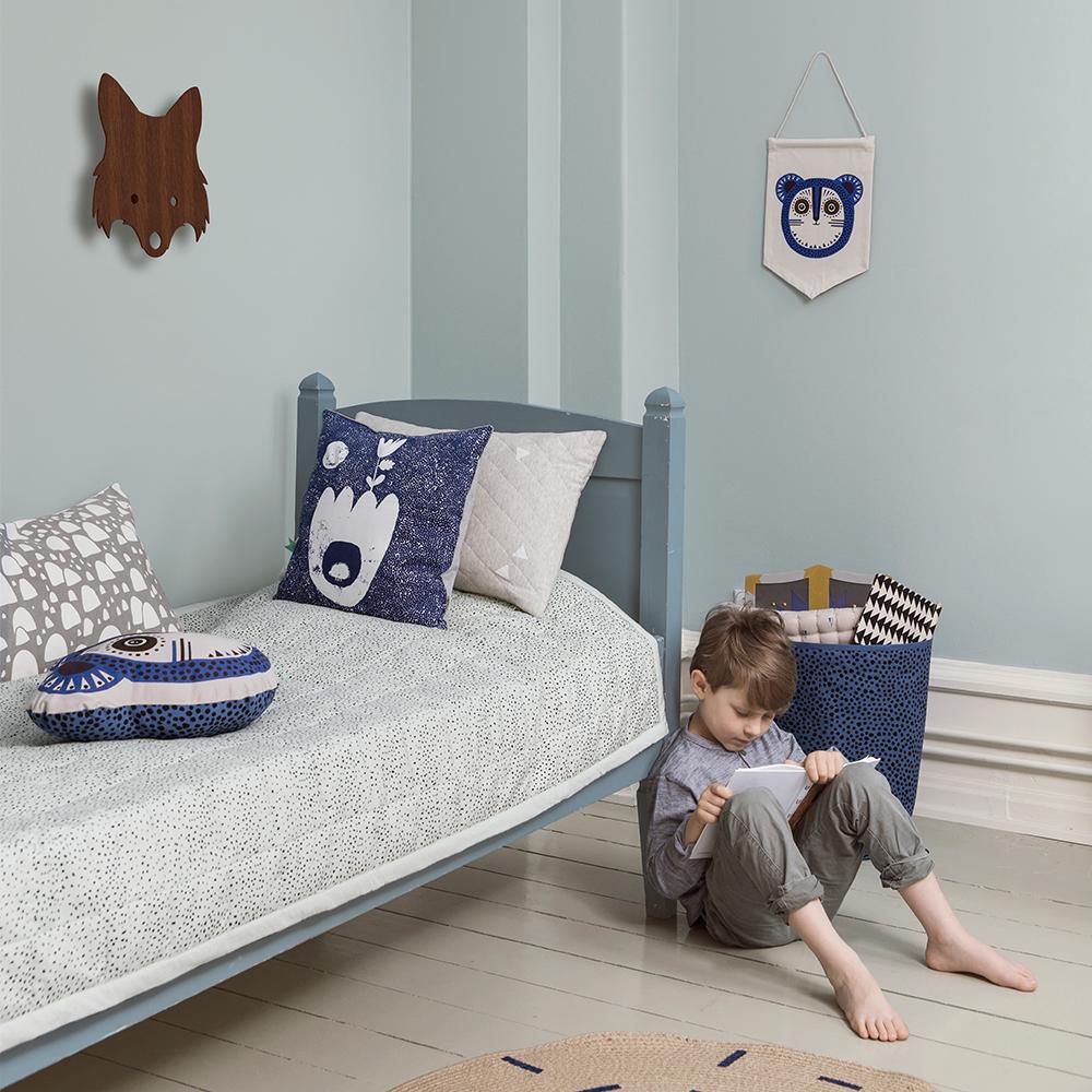 fox wandlampe r uchereiche ferm living ferm living. Black Bedroom Furniture Sets. Home Design Ideas